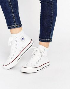 Discover Fashion Online #sneakers White High Top Sneakers, White High Top Converse, White Converse Shoes, Converse Classic, Converse Chucks, Outfits With Converse, Converse Trainers, Asos Mode, Converse Chuck Taylor