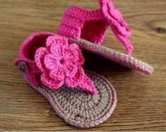 sapatinhos de bebe em croche vermelho - Pesquisa Google