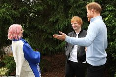 Prince Harry leaves self-isolation after five days in quarantine at Frogmore Cottage Meghan Markle, Diana Statue, Surprise Visit, Royal Life, Sick Kids, Princesa Diana, Kew Gardens, Prince Harry And Meghan, British Royals