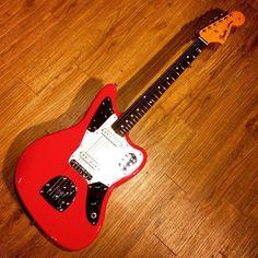 Fender Jaguar from @limitededitionguitars #guitarspotter #fender #jaguar