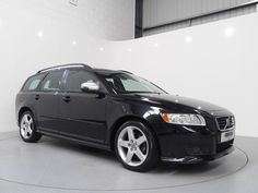Volvo V50 R-Design 1.8 Estate finished in Black metallic with fully Grey / Ivory leather interior. For more images and spec: http://www.simonjamescars.co.uk/volvo-v50-r-design-in-derbyshire-3859963