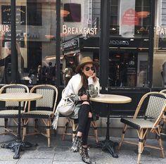 miumiuceline: sincerelyjules: hi, hi from yesterday. Autumn Winter Fashion, Spring Fashion, Fall Winter, Susanna Boots, Style Photoshoot, Foto Fashion, Style Fashion, Fashion Women, Girl Fashion