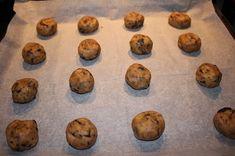 Ranteita myöjen taikinasa: Suklaakeksit Muffin, Cookies, Breakfast, Desserts, Food, Crack Crackers, Morning Coffee, Tailgate Desserts, Deserts