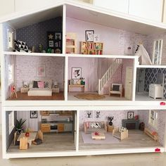 """First world problems- when your dollhouse is too big to fit in the Instagram frame! #lundby #lundbydiy #lundbyrenovering #modernminiatures #dollhouseminiatures #lundbydockskåp"" Photo taken by @onebrownbear on Instagram, pinned via the InstaPin iOS App! http://www.instapinapp.com (11/09/2015)"