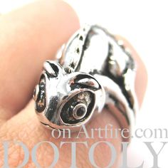 adjustable-iguana-chameleon-animal-ring-in-shiny-silver $12.50 #chameleons #lizards #animals #jewelry #rings