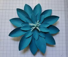 Beth's Paper Cuts: Flower Punch