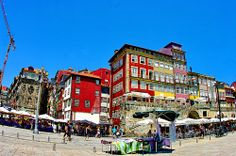 Porto, les façades de Ribeira au bord du Rio Douro 3, Portugal