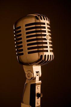 Music Tattoo Microphone Songs Ideas For 2020 Music Sing, Music Love, Art Music, Mens Arrow Tattoo, Recording Studio Design, Music Backgrounds, Recorder Music, Steampunk Lamp, Flash Art