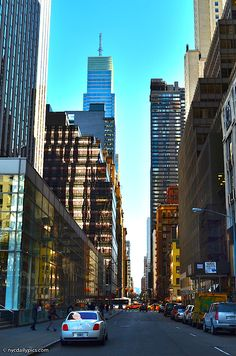 New York City today: East Street at Fifth Avenue. Places To Travel, Places To Visit, A New York Minute, Shopping Street, Nyc Restaurants, Photo Diary, The New Yorker, Urban Photography, Where To Go