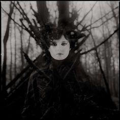 Beautifully Sinister Photography : Wie Es Euch Gefallt