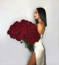 25 Pretty Makeup Looks to Try in 2019 Birthday Girl Pictures, Bob Lace Front Wigs, Black Bob, Luxury Flowers, Birthday Photography, Elegantes Outfit, Instagram Girls, Disney Instagram, Virgin Hair