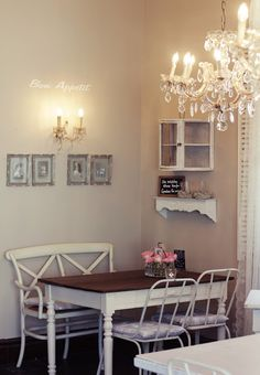 vintage french market...my dinning nook look Dinning Nook, Dining, Farmhouse Table, French Vintage, Sweet Home, Gallery Wall, Dorm Stuff, Room, Farm House