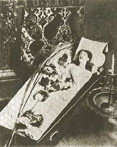 SARAH BERNHARDT  Yes. That IS a coffin that you see, and the occupant, Ms. Sarah Bernhardt (1844-1923), is only sleeping. This special bed speaks of only one of the eccentricities of this otherwise lovely and esteemed late 19th century French actress.