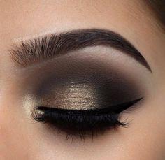 El look ideal para una noche de fiesta. #Ojos #SmokeyEye #Eyeshadow #peinadosdefiesta