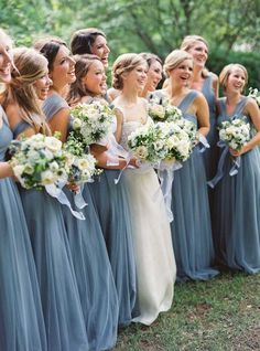 bridesmaid dresses; photo: Julie Cate Photography Blue Bridemaids Dresses, Cornflower Blue Bridesmaid Dresses, True Bride Bridesmaid Dresses, Bridesmaid Colours, Dusty Blue Dress, Blue Dresses, Bridesmaid Outfit, Wedding Bridesmaid Bouquets, Flower Girl Dresses