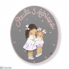 Placa de puerta personalizada: Niña con su hermanita (ref. 12171-02)