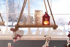 Angeli, candele, casette illuminate e piccole candele per illuminare il Natale…