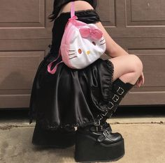 ㅤㅤㅤ December 08 2019 at fashion-inspo Mode Grunge, Grunge Goth, Grunge Style, Black Grunge, Grunge Makeup, Edgy Outfits, Grunge Outfits, Cool Outfits, Fashion Outfits
