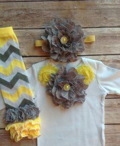 Bebé niña gris amarillo sistema calentador por AvaMadisonBoutique