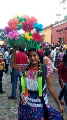 Represente de la Región Chatina, en la Guelaguetza, Oaxaca México!