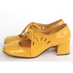 https://www.bing.com/images/search?q=mary guant 60's shoes