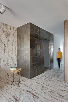Wood-steel-Apt-Neely-Prodan-Design-1