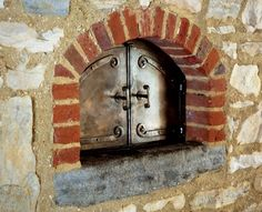 primitive-colonial-kitchen-beehive-oven