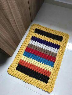 Crochet Table Mat, Crochet Mat, Crochet Carpet, Crochet Rug Patterns, Crochet Headband Pattern, Filet Crochet, Crochet Doilies, Striped Rug, Crochet Videos