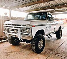 Chevy Pickup Trucks, Lifted Ford Trucks, Dually Trucks, Diesel Trucks, Bronco Truck, Ford Diesel, Farm Trucks, Jeep 4x4, Chevrolet Silverado