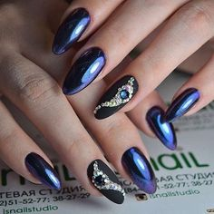 Богатый маникюр! •••••••••••••••••••••••••••••••••••••••••••• #pronail #kodi #kodiprofessional #style #beauty #naildesign #nailshop #perfectnails #polish #manicure #nailart #likeforlike #like4like #коди #киевногти #маникюркиев #манікюр #ідеїманікюру #ідеальнийманікюр #зимнийманикюр #идеальныеблики #стразынаногтях