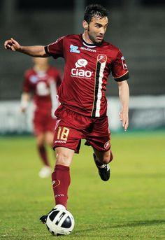 Giuseppe+Colucci+Ascoli+Calcio+v+Reggina+Calcio+L4niHgpcFrtx.jpg (704×1024)