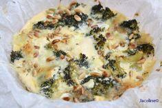 Broccoli taart met mozzarella en pijnboompitten Ingrediënten Recept printen 1 broccoli (ongeveer 500 gram) in roosjes 4 eieren...