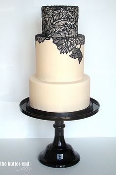 Lace Appliqué look cake from The Butter End Cakery - love the elegance and simplicity of the lace with the plain