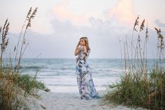 7 top reasons to wear maxi dress for stylish high school senior photos on the beach or at the plantation in Myrtle Beach, SC or Charleston, SC Beach Photography Poses, Beach Portraits, Children Photography, Family Portraits, Outdoor Portraits, Portrait Photography, Wedding Photography, Senior Picture Outfits, Senior Photos