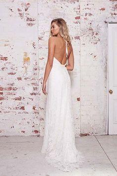 33fa6850f57 Karen Willis Holmes is a renowned Australian wedding dress designer
