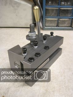 Retractable threading tool-holder for the lathe QCTP in CXA Metal Lathe Tools, Metal Lathe Projects, Metal Working Machines, Metal Working Tools, Metal Bender, Machinist Tools, Metal Shop, Homemade Tools, Metal Fabrication