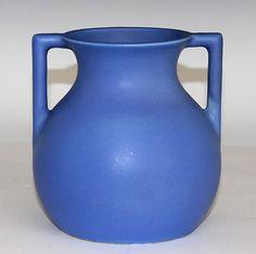 Superb Trenton Art Pottery TAC Vichico Vase, Circa 1930's.