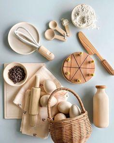 Kids Play Kitchen, Toy Kitchen, Baby Girl Toys, Toys For Girls, Baby Decor, Kids Decor, Bois Diy, Toy Rooms, Toddler Toys
