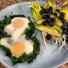 Sooo Paleo: Spinachy Egg Nests #GERD-friendly