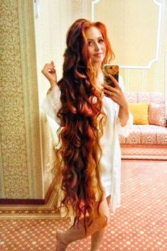Rapunzel did you dye your hair! - full hair -You can find Rapunzel and more on our website.Rapunzel did you dye your hair! Long Red Hair, Super Long Hair, Full Hair, Brown Hair, Black Hair, Pretty Hairstyles, Girl Hairstyles, Hairstyle Names, Funky Hairstyles