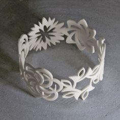 Image of Seven Flowers bracelet