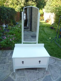 Vintage DRESSING TABLE - pale duck egg green & white - Annie Sloan SHABBY CHIC