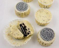 Cheesecake oreo cupcakes