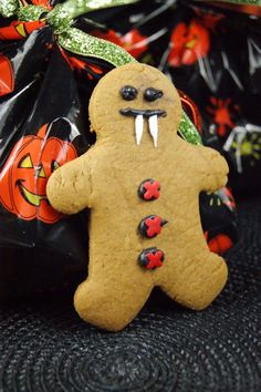 """Gingerbread Vampires via this blog, """"The Kitchen is My Playground""""."""