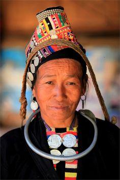 Koh Luma woman, Laos.