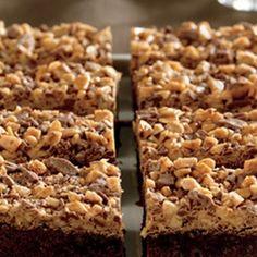 All American Heath Bar Brownies @keyingredient #brownies #chocolate