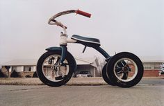 GOOG ARTICLE   William Eggleston, Untitled (Memphis), 1970. © Eggleston Artistic Trust. Courtesy Cheim & Read, New York.  The argument could be made.   American photographer William Eggleston (1939-) is wide...