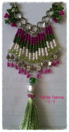 Otantik kolye#sipariş alınır Bead Jewellery, Wire Jewelry, Beaded Jewelry, Jewelery, Wire Wrapped Necklace, Tassel Necklace, Collar Tribal, Lace Bag, Stone Beads