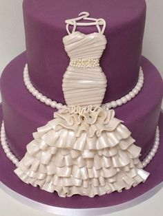 Why do we like wedding dress cakes? Check spectacular cake designs out here. Choose wedding dress cake for bridal shower from our collection! Gorgeous Cakes, Pretty Cakes, Cute Cakes, Amazing Cakes, Unique Cakes, Creative Cakes, Wedding Dress Cake, Wedding Cakes, Gown Wedding