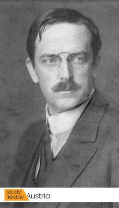 Барон Клеменс Петер фон Пирке — австрийский педиатр, известный тем, что предложил диагностический тест на туберкулёз («реакция Пирке»), а также ввёл понятие «аллергия».  🎓 Докторскую степень Пирке получил в Грацском Университете.  В 1906 году Пирке предложил термин «аллергия».  #австрия #вена #грац #грацскийуниверситет #университет #реакцияпирке #медицина #педиатрия #наука #достижениянауки #достижениямедицины Study, Studio, Studying, Research